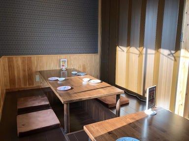 餃子酒場 トラハチ 黒崎店 店内の画像