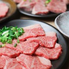 精肉屋の倅がただただ旨い肉を出す店 焼肉たけよし