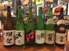 いろんな県の地酒と焼酎です。