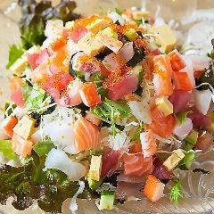 海鮮たっぷりすなおやサラダ