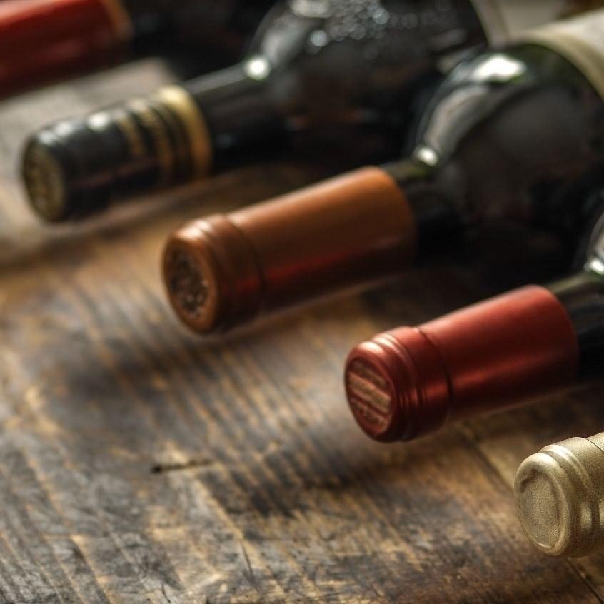 ワイン10種を含む飲み放題2時間付き