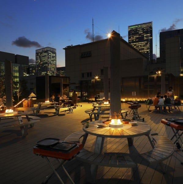 都心にある屋上庭園という特別な空間でBBQをお楽しみください