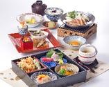 梅鶏すき焼き鍋弁当