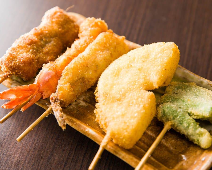 名物串カツ 焼鳥と一緒に食べられる幸せ♪