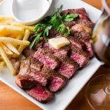 プリフィクススタイルでお楽しみいただける「レグナスペシャルコース」では、「本日の特選牛肉のグリル」もメイン料理にお選びいただけます。