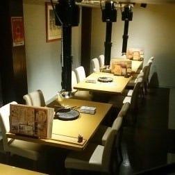 テーブル席・2名様~12名様
