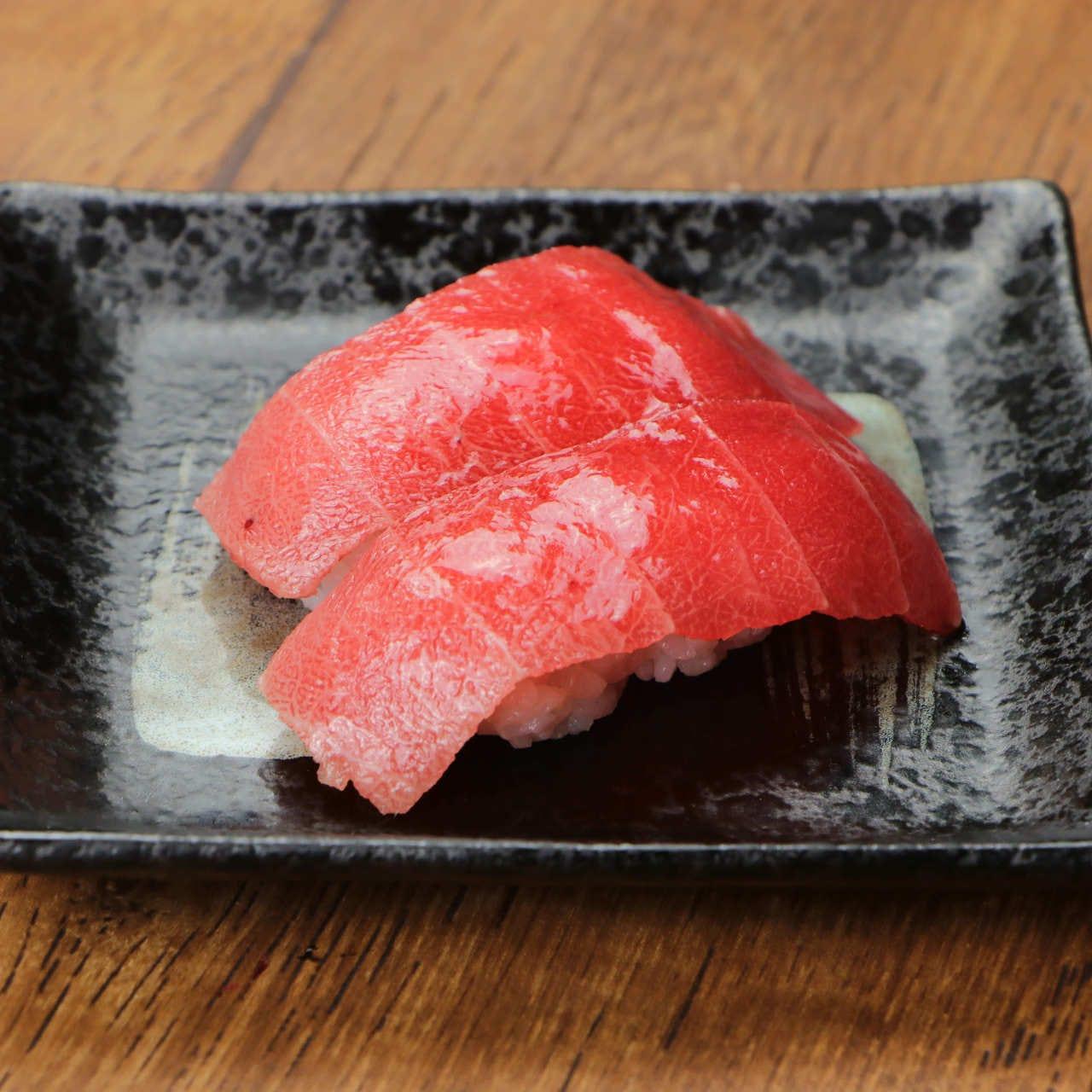 お寿司の楽しめる大衆酒場「鮨べろ」。飲み会・宴会におすすめ♪
