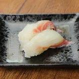 真鯛 / マグロ / サーモン / とろサーモン / はまち / 生タコ 各種