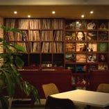 レコードを飾ってます!