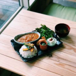 特製甘糀を使用したカレー定食(ドリンク付き)