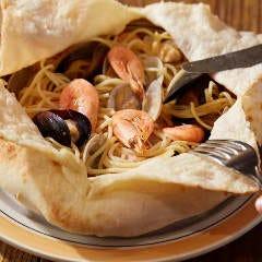 クロスタ 漁師風スパゲティー フォカッチャ包み焼き