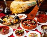 各種タパスを始めとして、 スペインならではの味を是非!