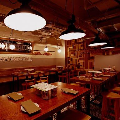 ワインの酒場。 ディプント 上野御徒町店 店内の画像