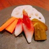 地元の旬野菜のピクルス