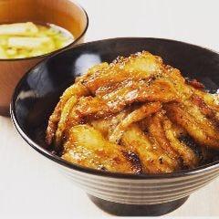 炭火焼 豚丼専門店BOO☆/ラーメン二頂