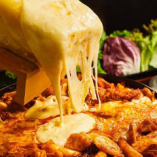 チーズタッカルビが食べ放題でご利用できます!!飲み会にも最適♪