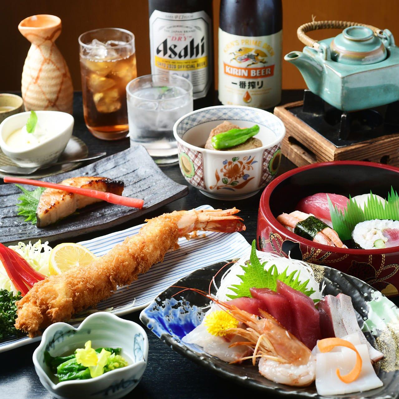 握りや刺身など鮮魚を使った逸品が揃う飲み放題付コース