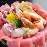 季節のスペシャルランチ海鮮丼(ランチのみ)