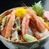 「どっさり海鮮丼」