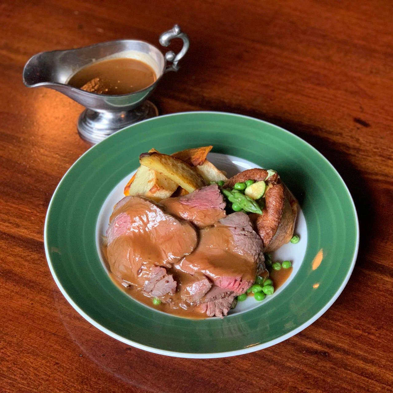 英国伝統料理サンデーロースト