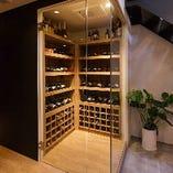 個性あふれる美味しいワインを世界各国から集めました。