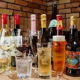 ワインの他、ビール、ハイボールなど多彩なドリンクを味わえる飲み放題もご用意しています。