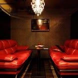 ソファー席個室(~6名様×2部屋)