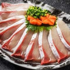 クエ鍋・鯨料理 個室 初代 梅田店