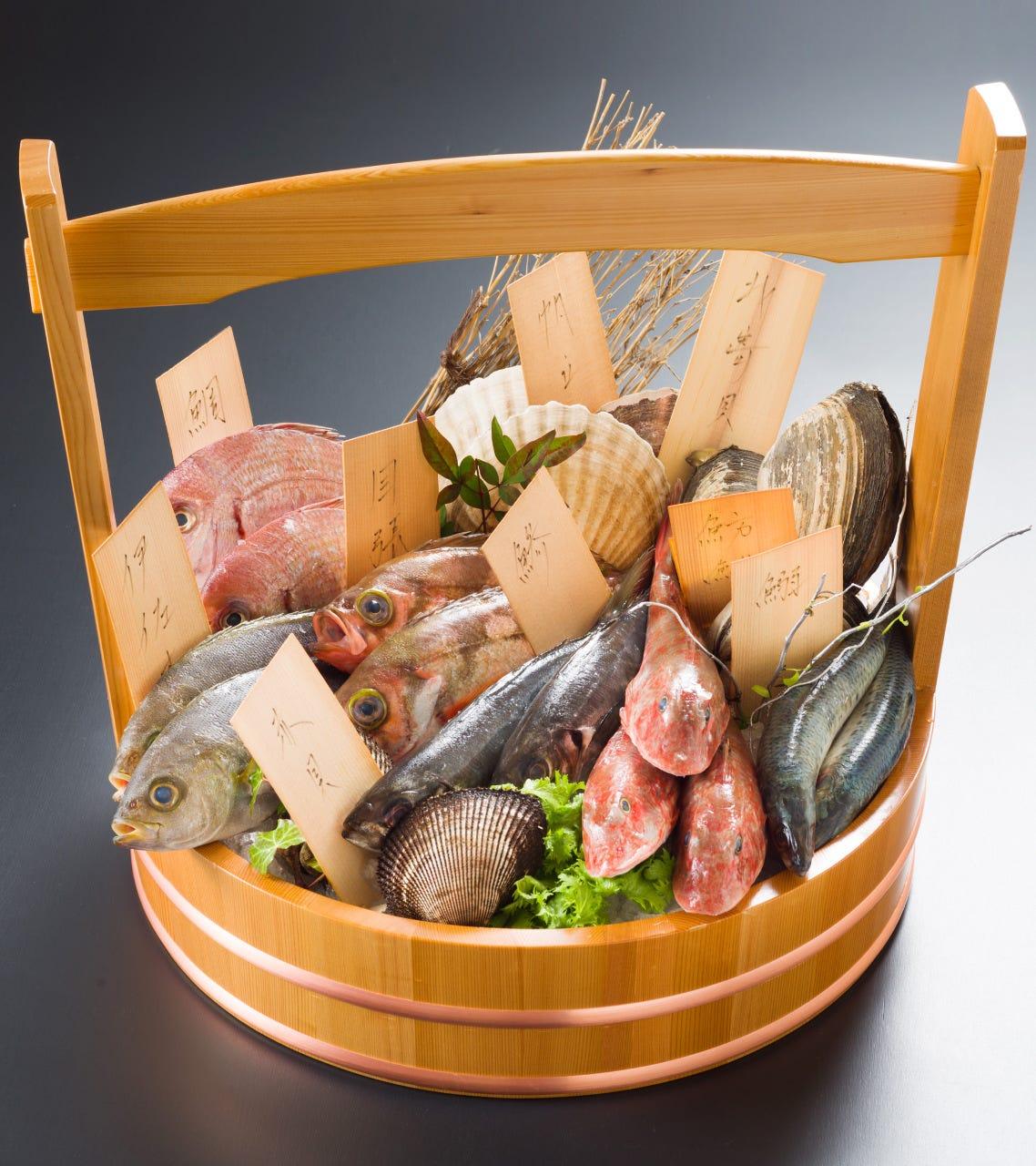 美喜仁名物【海鮮おかもち】