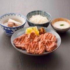炭焼牛たん 東山 シャミネ松江店