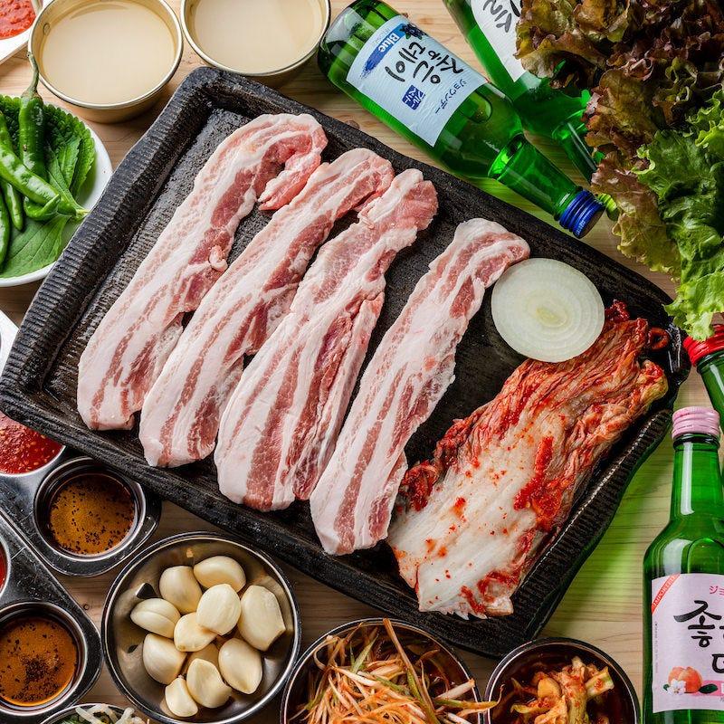 韓国本場のサムギョプサル専門店