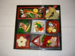 【お弁当・お寿司】持ち帰り頂けます