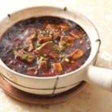 土鍋黒麻婆豆腐