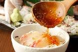 【おさしみ鯛飯】特製のタレがご飯とお刺身に良く合います!