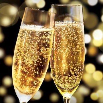ちょっぴり贅沢シャンパン付き、誕生日コース、2時間飲み放題付き 4,200円(税込)