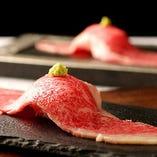 『大判デカネタ肉寿司』飛騨牛の肉寿司