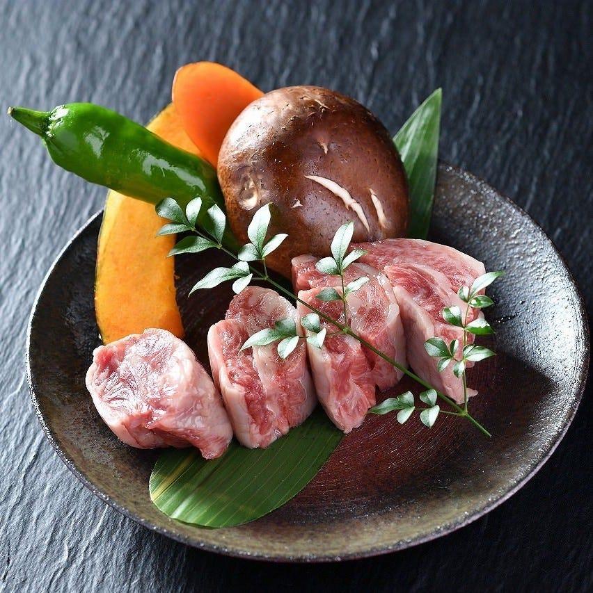 肉の旨みがしっかりと出る一番美味しいタイミングを逃しません。