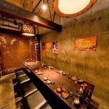 テーブル席半個室(5〜6名様×2部屋)つなげて~14名様での個室利用も可能