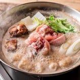 福岡産骨付き華味鶏使用 水炊き鍋
