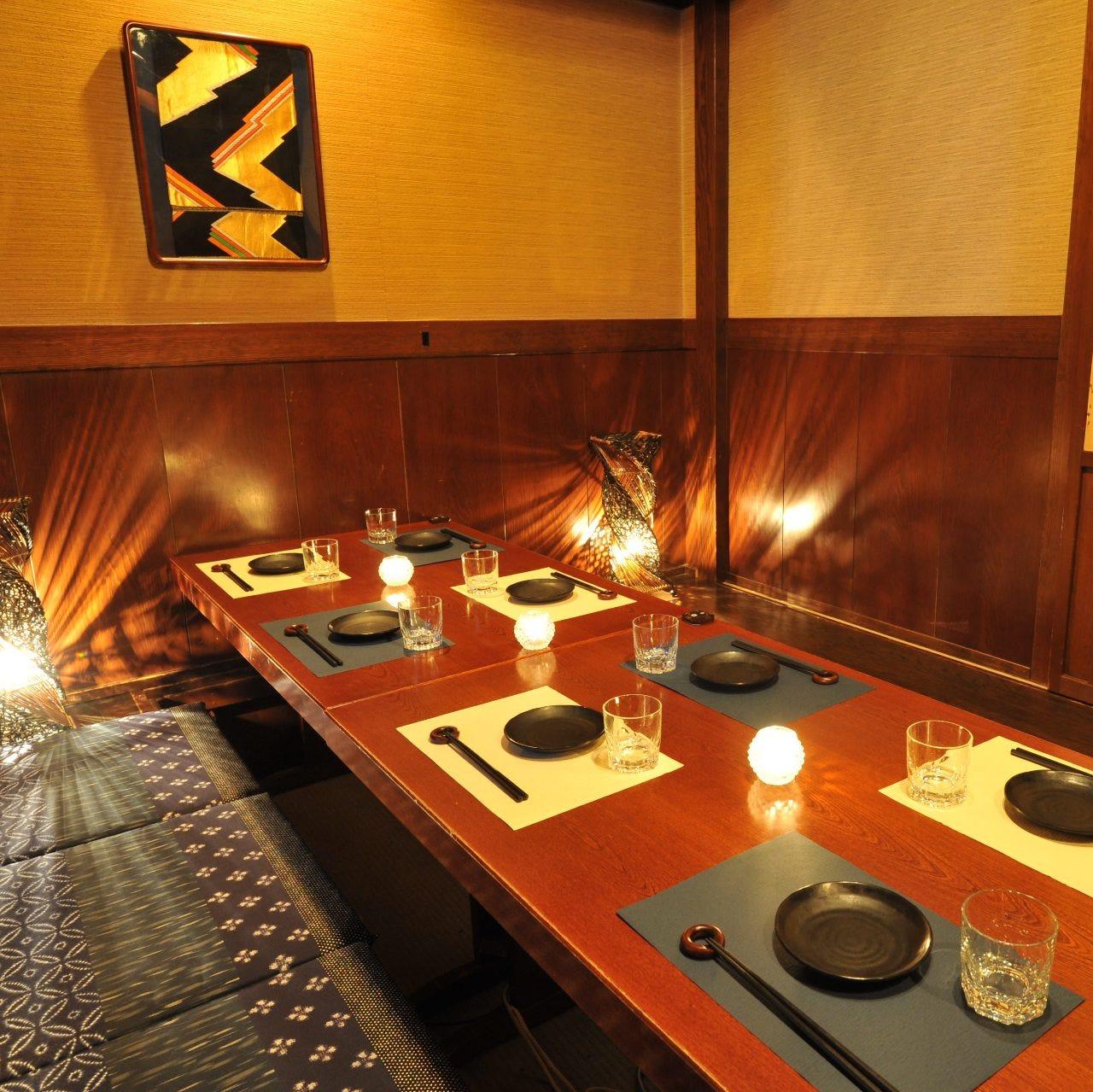 テーブル席・完全個室(壁・扉あり)・4名様~8名様