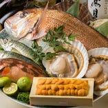 築地直送の鮮魚、十和田湖周辺のそば粉