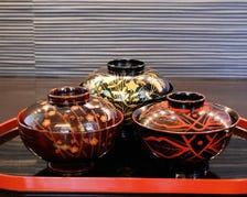 京都の蒔絵師に特注する京漆器
