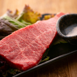 【ステーキ】 A4ランク以上の黒毛和牛を贅沢に味わう