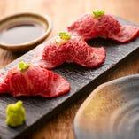 炙り肉寿司5貫盛り