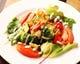 ガーリックソテーした野菜とトマトの温かいサラダ ダントツ一番人気です♪