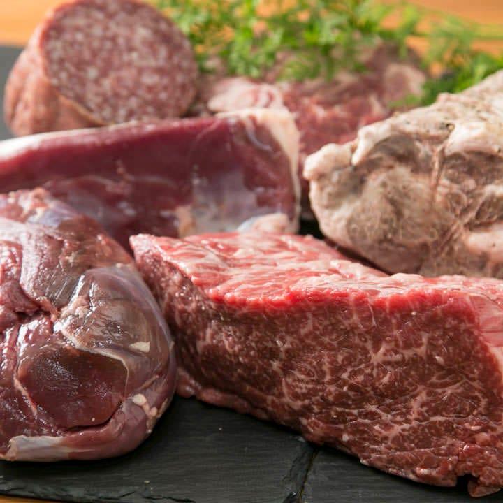 厳選の「鹿・牛・鴨・豚」 お肉の味イキイキ♪