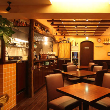 食彩酒房ポッシュドゥマモン  店内の画像