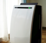 ウイルス対応の大きい空気清浄機を2台設置し飛沫対策も安心。
