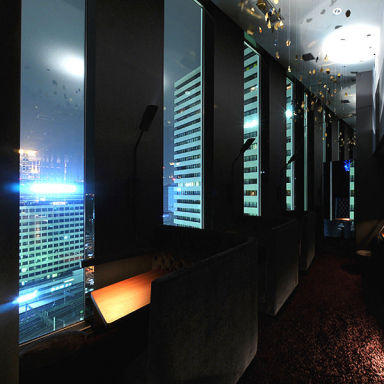 ブルーバード 梅田阪急ビルオフィスタワー店 店内の画像