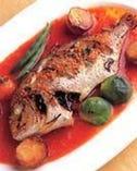 まるごと魚のオーブン焼きマリナーラソース